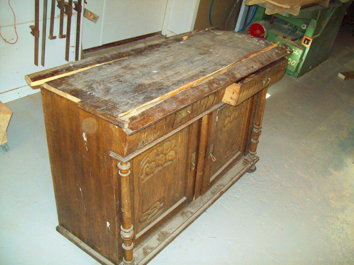 møbelrestaurering av gammel skjenk
